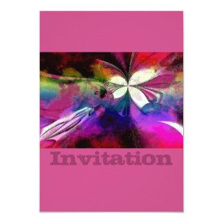 Papillon abstrait de rose et de pourpre carton d'invitation  12,7 cm x 17,78 cm