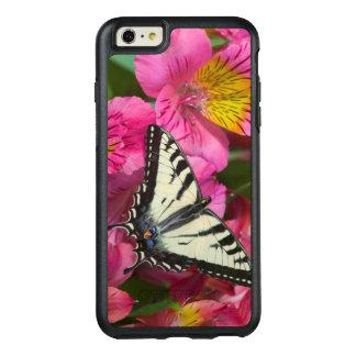 Papillon de machaon sur le rose coque OtterBox iPhone 6 et 6s plus