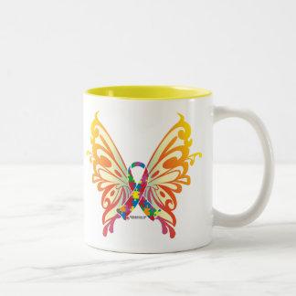 Papillon de ruban d'autisme mug bicolore