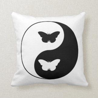 Papillon de Yin Yang Coussin
