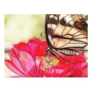 Papillon jaune de machaon sur un Zinnia Cartes Postales