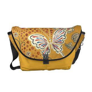 Papillons artistiques d'imaginaire besaces