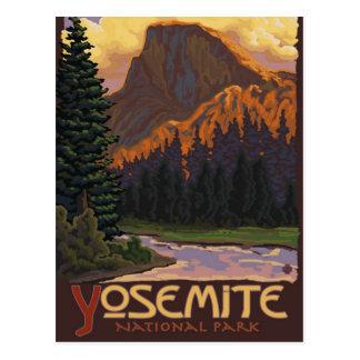 Parc national de Yosemite - demi de dôme - cru Carte Postale