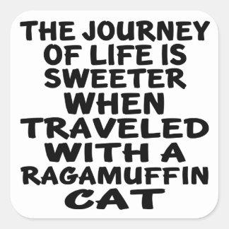 Parcouru avec le chat de va-nu-pieds sticker carré