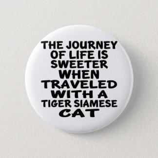 Parcouru avec le chat siamois de tigre badges