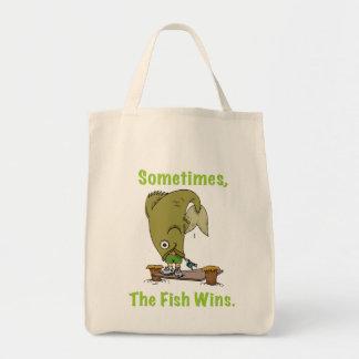 Parfois le poisson gagne le sac
