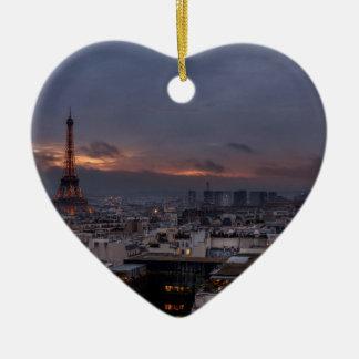Paris by night ornement cœur en céramique