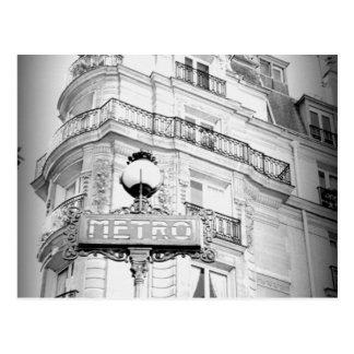 Paris, carte postale vintage noire et blanche de