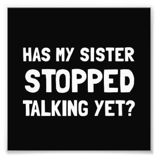 Parler arrêté par soeur encore photographies