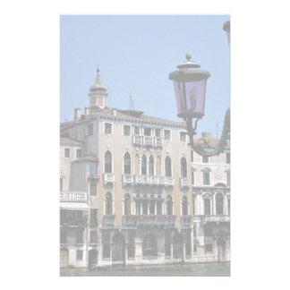 Paroisse de ville médiévale étrange, Venise, Itali Motifs Pour Papier À Lettre