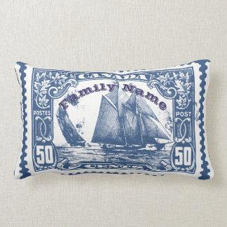 Partir pour le cadeau de timbre de bateaux du oreillers