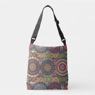 Patchwork vintage avec les éléments floraux de sac