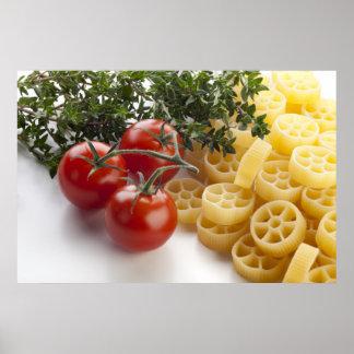 Pâtes de Rotelle et copie d'ingrédients Affiches