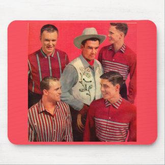 patte de cowboy du début des années 50 et son tapis de souris