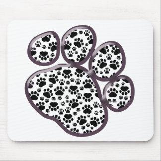 Pattes de chien, traînées de chien, pattes de tapis de souris