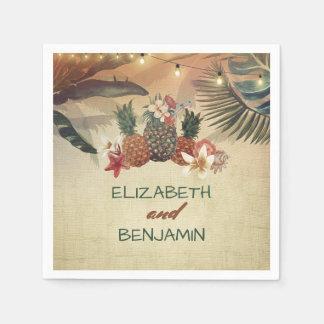 Paumes tropicales et mariage de plage d'ananas serviettes jetables