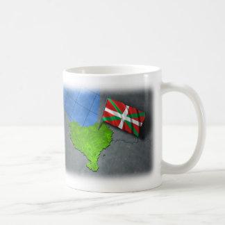Pays Basque avec son propre drapeau Mug