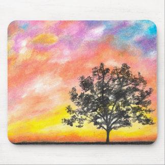 Paysage d'arbre de coucher du soleil tapis de souris