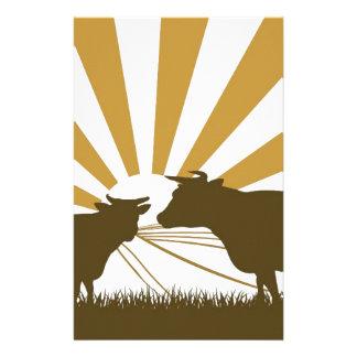 Paysage de ferme de vache à lever de soleil papier à lettre personnalisé