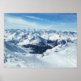 paysage de neige d'alpes de voyage de montagne de  posters