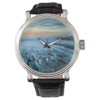 Paysage marin bleu au coucher du soleil, la montres bracelet