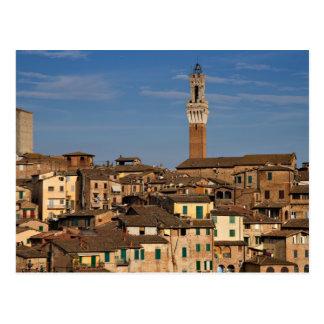 Paysage urbain de carte postale de Sienne