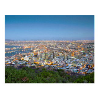 Paysage urbain de sommet de colline de signal au carte postale