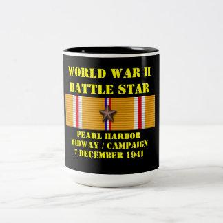 Pearl Harbor/font campagne à mi-chemin Mug Bicolore