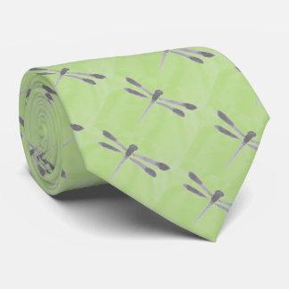 Pêchant la cravate (libellule)
