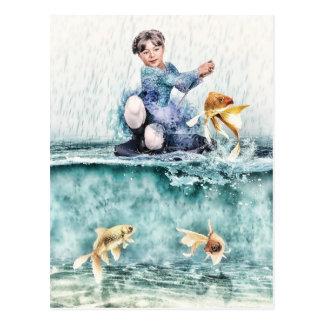 Pêche de fille pour les poissons magiques cartes postales