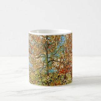 Pêcher rose de Van Gogh dans la fleur, beaux-arts Mug