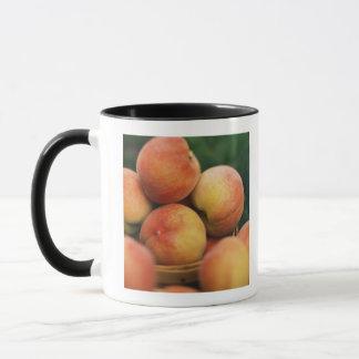 Pêches fraîches mug