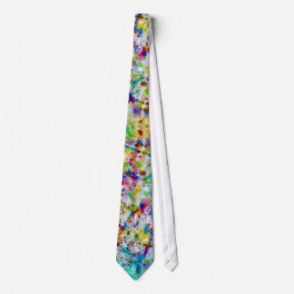 Peignez la cravate éclaboussée