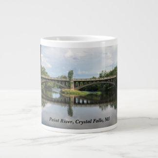Peignez la rivière, automnes en cristal, tasse de