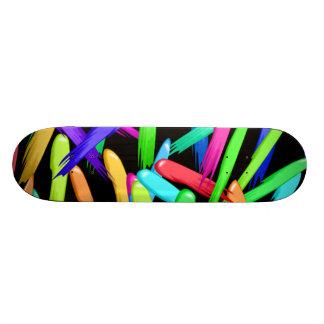 Peignez les filets dans un arc-en-ciel de couleurs skateboards personnalisables