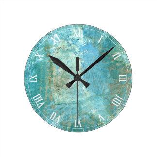 Peinture abstraite bleue et verte sereine horloge ronde