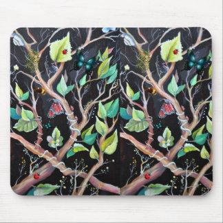 Peinture de feuille et de papillons tapis de souris