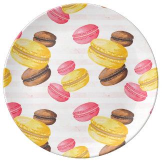 Peinture de macarons assiette en porcelaine