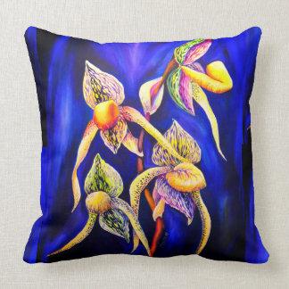 Peinture d'orchidées bleues coussin