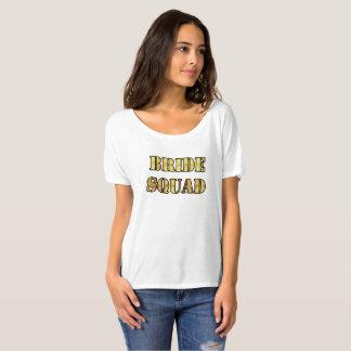 Peloton de jeune mariée de T-shirt de Bella des
