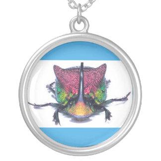 pendentif d'argent de scarabée d'arc-en-ciel