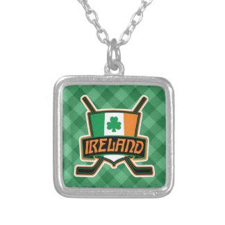 Pendentif irlandais de logo de drapeau de hockey