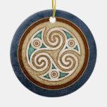 Pendentif/ornement légers de Triskele Ornement Rond En Céramique