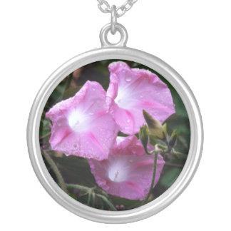 Pendentif rose de fleur