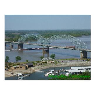 Péniche sur la carte postale du fleuve Mississippi