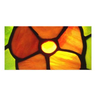 Pensée en verre souillé de jaune orange et de vert photocartes