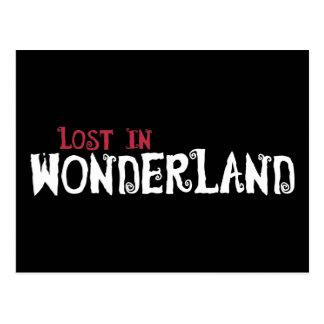 Perdu au pays des merveilles carte postale
