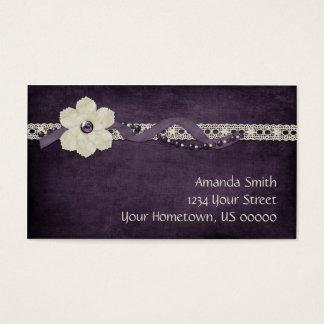 Perles blanches pourpres vintages et carte de