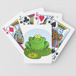 Personnage de dessin animé heureux de grenouille jeu de cartes