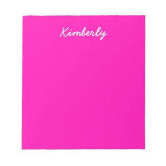 Personnaliser rose au néon de couleur solide il blocs notes